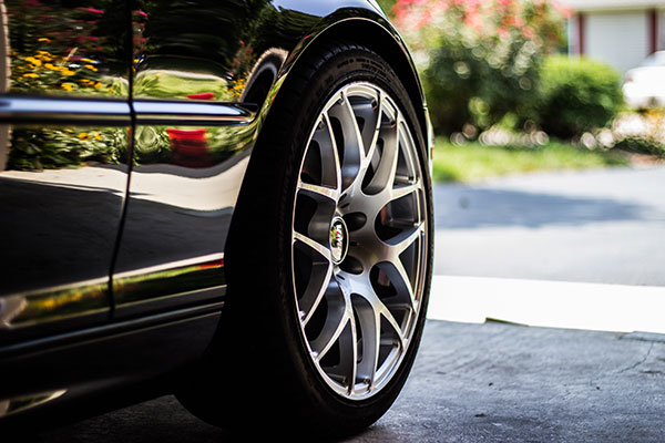 Automotive Wheel and Tire
